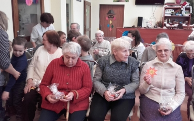 [Stonogi] Wizyta w Domu Pomocy Społecznej